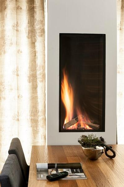 4 Ways To Pull Off A Kitchen Fireplace